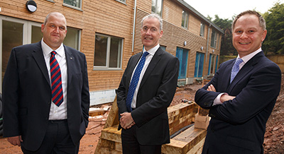 Minister visits Principality Commercial housing development